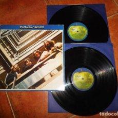 Discos de vinilo: THE BEATLES 1967-1970 DOBLE LP VINILO DEL AÑO 1973 ESPAÑA GATEFOLD ENCARTES CONTIENE 28 TEMAS 2 LP. Lote 232366030