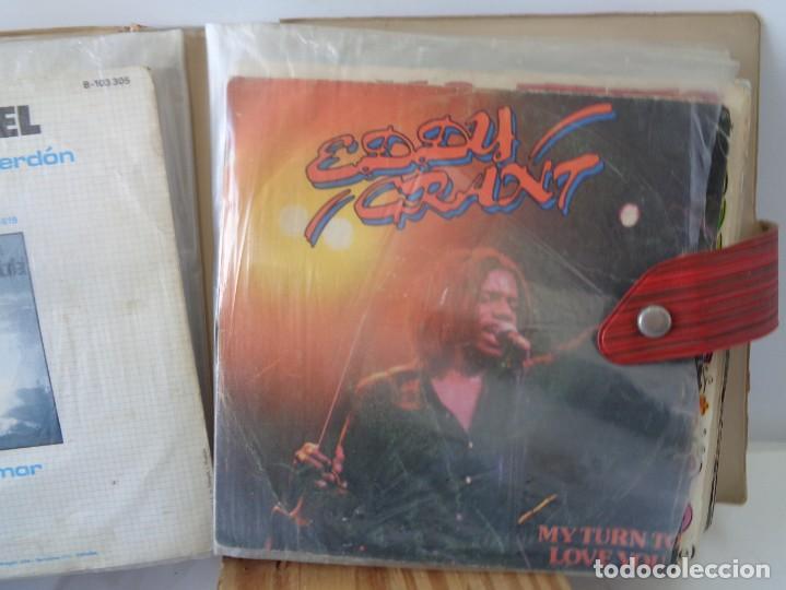 Discos de vinilo: ¡¡ ALBUM DE EPOCA : DISCOS SINGLES. AÑOS 1960. !! - Foto 14 - 232429495