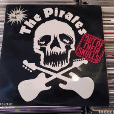 Discos de vinilo: THE PIRATES  ‎– OUT OF THEIR SKULLS . EDICIÓN SPAIN 1977. PUNK ROCK. Lote 232933548