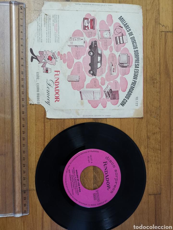 Discos de vinilo: Disco de vinilo de 45rpm Fundador sorpresa Waldo de los Ríos 1969 - Foto 2 - 233244765
