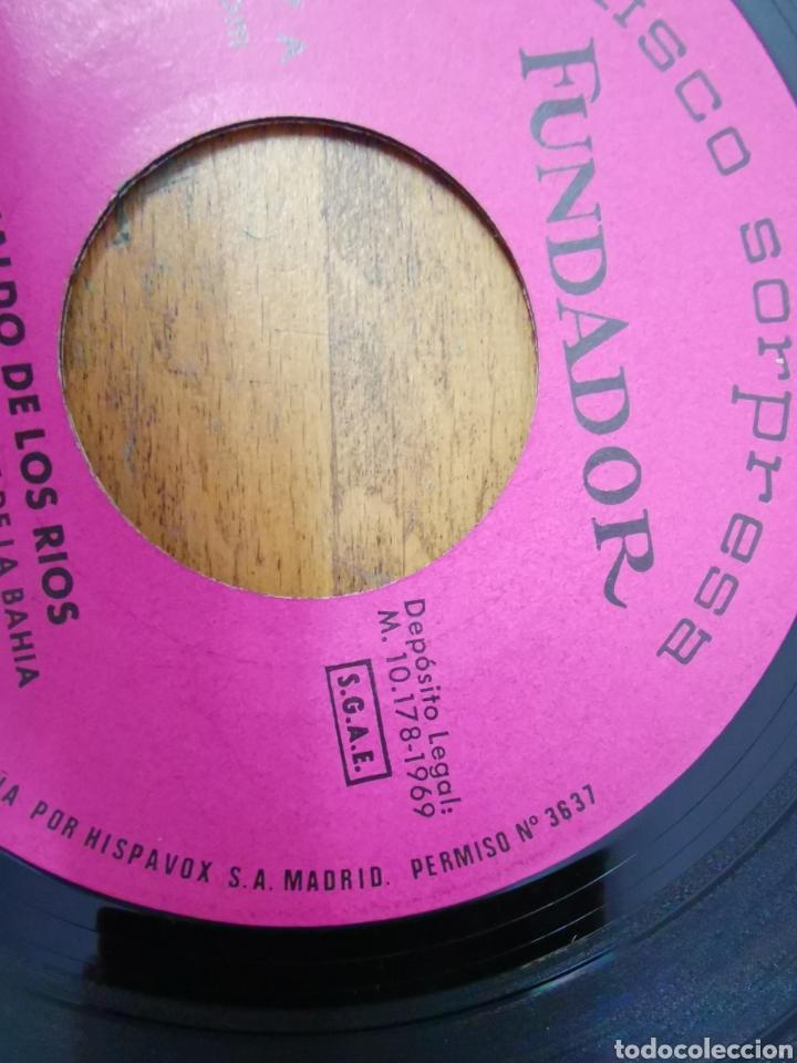 Discos de vinilo: Disco de vinilo de 45rpm Fundador sorpresa Waldo de los Ríos 1969 - Foto 3 - 233244765