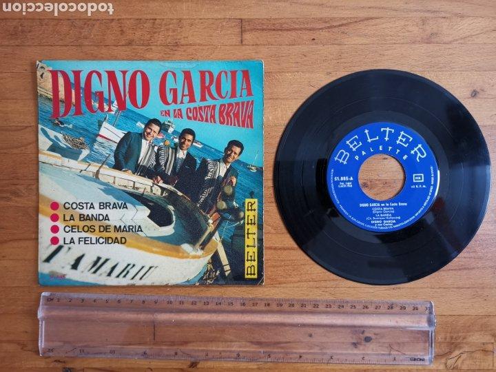 Discos de vinilo: Disco de vinilo de 45rpm de Digno García, En la Costa Brava. de 1968 - Foto 3 - 233704535