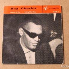 Discos de vinilo: SINGLE RAY CHARLES. Lote 234103310