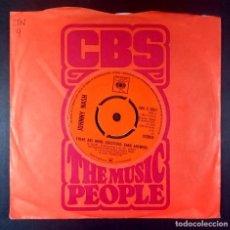 Discos de vinilo: JOHNNY NASH - THERE ARE MORE QUESTIONS / GUAVA JELLY - SINGLE UK 1972 - CBS. Lote 234384090