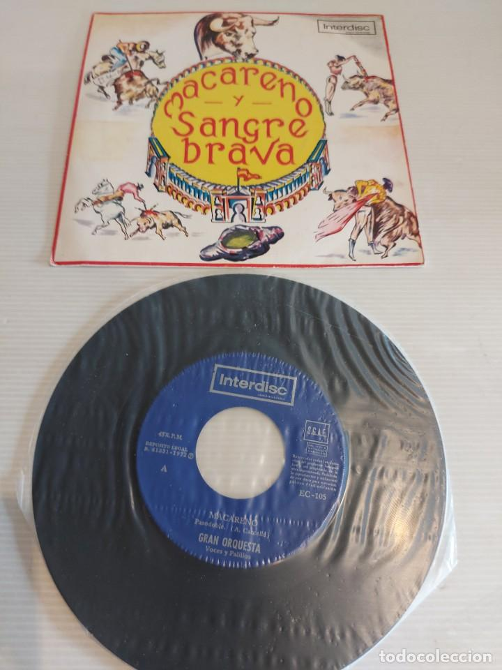 MACARENO Y SANGRE BRAVA. ( VOCES Y CASTAÑUELAS ) SINGLE 1972. SELLO INTERDISC. COMO NUEVO. ****/**** (Música - Discos - Singles Vinilo - Flamenco, Canción española y Cuplé)