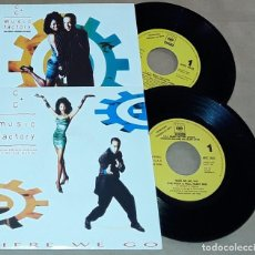 Discos de vinilo: 2 SINGLE - C C MUSIC FACTORY - HERE WE GO / THINGS THAT MAKE YOU GO HMMM - PROMO. Lote 234557495