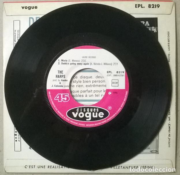 Discos de vinilo: Dean and Jean: Hey/ Please dont tell me now- The Harps: Marie/ Daddys going away again. Vogue 1964 - Foto 3 - 234587690