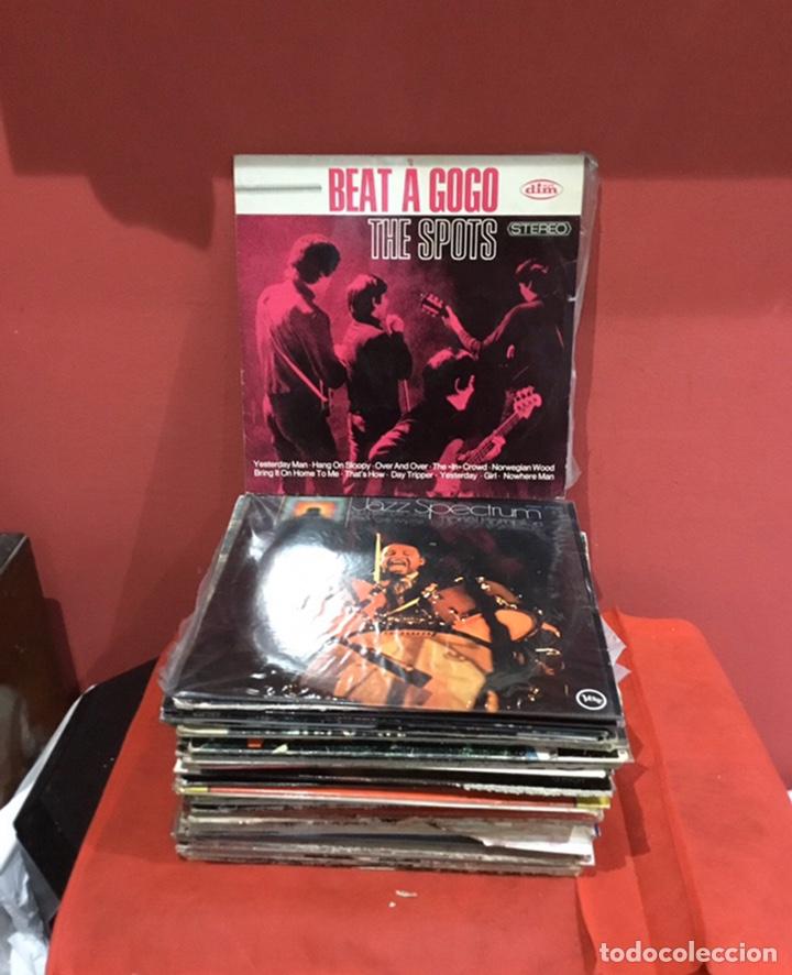 LOTE DE 56 DISCOS DE MÚSICA ANTIGUOS- ROCK .JAZZ...TAMAÑO GRANDE -VER FOTOS (Música - Discos de Vinilo - Maxi Singles - Pop - Rock Extranjero de los 90 a la actualidad)