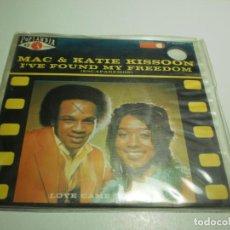 Discos de vinilo: SINGLE MAC & KATIE KISSOON. I'VE FOUND MY FREEDOM. LOVE CAME TODAY. POP LANDIA 1972 (BUEN ESTADO). Lote 234933995
