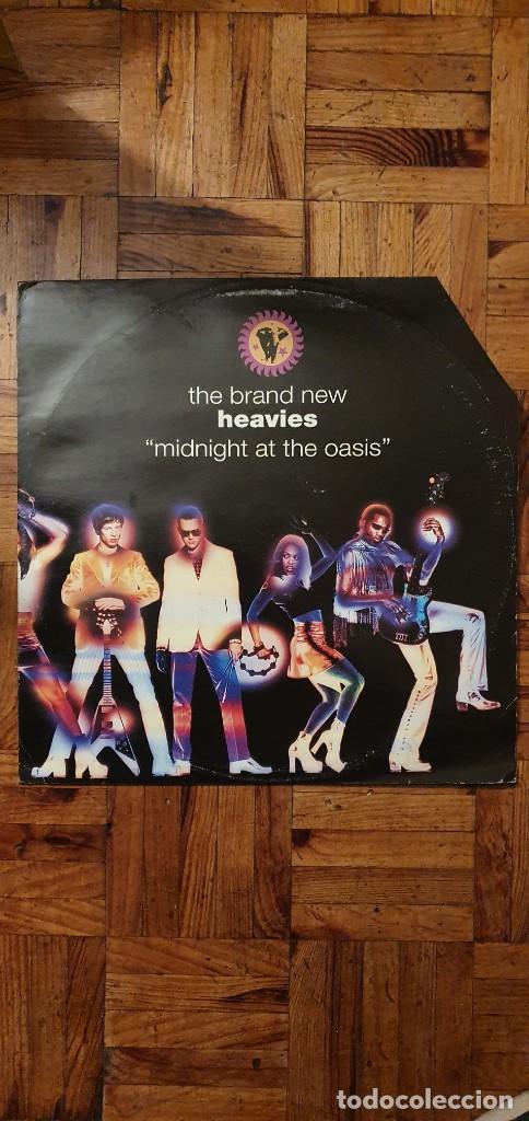 "THE BRAND NEW HEAVIES – MIDNIGHT AT THE OASIS LABEL: LONDON RECORDS – 857 697-1 FORMAT: VINYL, 12"" (Música - Discos de Vinilo - Maxi Singles - Techno, Trance y House)"