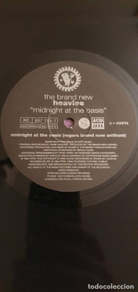 "Discos de vinilo: The Brand New Heavies ‎– Midnight At The Oasis Label: London Records ‎– 857 697-1 Format: Vinyl, 12"" - Foto 4 - 234936575"