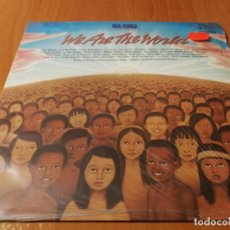 Discos de vinil: MAXI SINGLE 1985 USA FOR AFRICA WE ARE THE WORLD. Lote 235030275