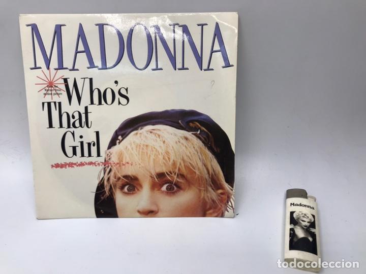 EP MADONNA WHO'S THAT GIRL Y MECHERO SINGLE (Música - Discos de Vinilo - EPs - Pop - Rock - New Wave Internacional de los 80)