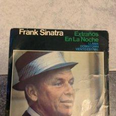 Discos de vinilo: FRANK SINATRA EXTRAÑOS EN LA NOCHE. Lote 235154810