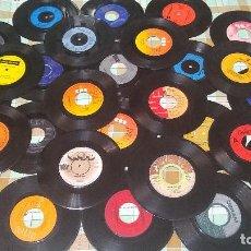 Discos de vinilo: LOTE 27 VINILOS SINGLES CON DEFECTO. Lote 235548870