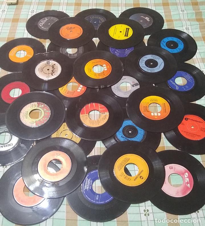 Discos de vinilo: LOTE 27 VINILOS SINGLES CON DEFECTO - Foto 2 - 235548870