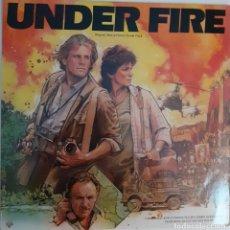 Discos de vinilo: UNDER FIRE JERRY GOLDSMITH CON PAT METHENY. Lote 235569955