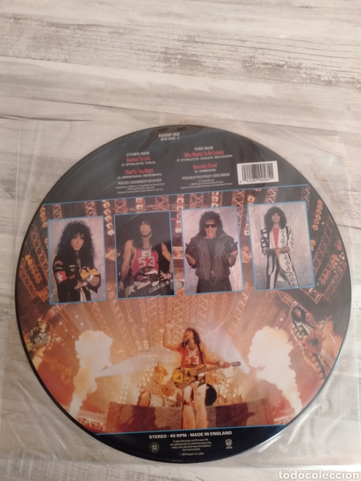 """Discos de vinilo: Kiss """" Reason To Live """". Maxi Single - Picture Disc Límited Edition. 1987. Made in England. - Foto 2 - 235691125"""