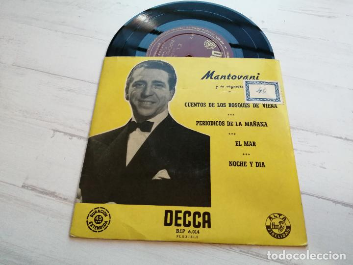 MANTOVANI Y SU ORQUESTA* – CUENTOS DE LOS BOSQUES DE VIENA + 3 EP SPAIN VINILO VG++/PORTADA EX+ (Música - Discos de Vinilo - EPs - Orquestas)