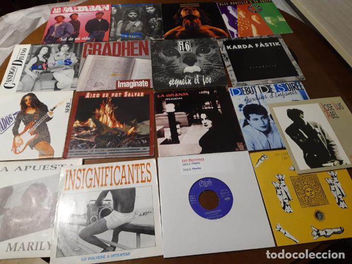 LOTE-17 SINGLES-GRUPOS ESPAÑOLES 80/ 90-( LOS BERRONES,ACUSADOS,GRADHEN,LA GRANJA,SAU,NOVIEMBRE,ETC. (Música - Discos - Singles Vinilo - Grupos Españoles de los 90 a la actualidad)