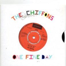 Discos de vinilo: THE CHIFFONS - ONE FINE DAY - SINGLE - 1966 -LONDON. Lote 235858825