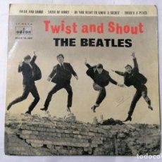 Discos de vinilo: THE BEATLES, TWIST AND SHOUT Y TRES CANCIONES MAS , AÑO 1963, ODEON, DSOE 16.560. Lote 235965670