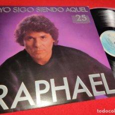 Discos de vinilo: RAPHAEL YO SIGO SIENDO AQUEL 25 ANIVERSARIO LP 1985 HISPAVOX FIRMADO. Lote 236011075