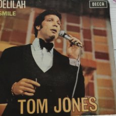 Discos de vinilo: TOM JONES. DELILAH. SMILE. 1968.. Lote 236131875