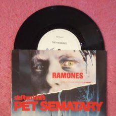 Discos de vinilo: SINGLE RAMONES - PET SEMATARY / ALL SCREWED UP - CHS 3423 - UK PRESS (NM/NM). Lote 236221130