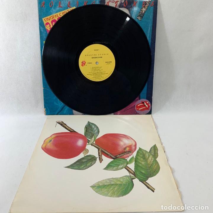 Discos de vinilo: LP - VINILO ROLLING STONES - UNDERCOVER + ENCARTE - USA - AÑO 1983 - Foto 2 - 236522360