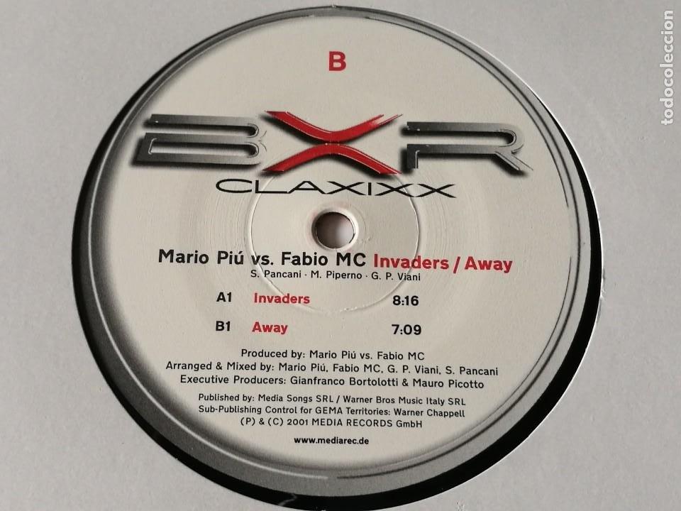 MARIO PIU' VS. FABIO MC - INVADERS / AWAY - 2001 (Música - Discos de Vinilo - Maxi Singles - Techno, Trance y House)