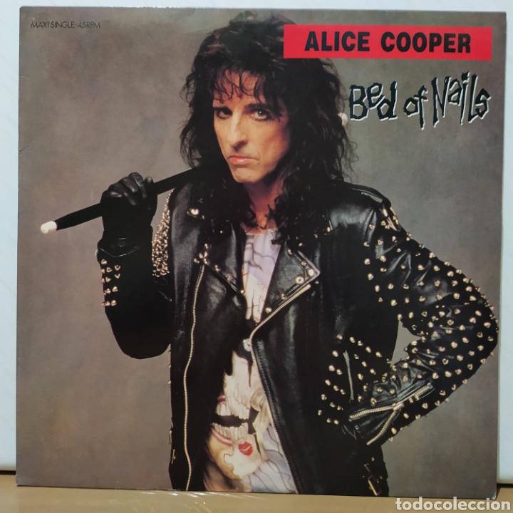 Discos de vinilo: Alice Cooper - Bed Of Nails 1989 Ed Holandesa con Póster - Foto 5 - 236640830
