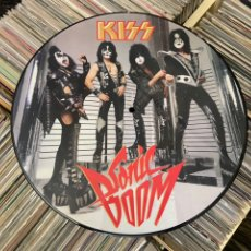 Discos de vinilo: KISS SONIC BOOM PICTURE LP DISCO DE VINILO. Lote 236723240