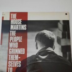 Discos de vinilo: THE HOUSEMARTINS – THE PEOPLE WHO GRINNED THEMSELVES TO DEATH EDICIÓN CANADÁ 1987. Lote 236837810