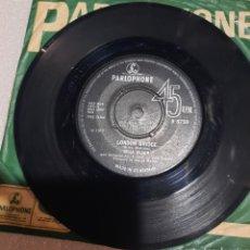 Discos de vinilo: CILLA BLACK - SURROUND YOURSELF WITH SORROW / LONDON BRIDGE. EDICION UK.. Lote 236930450
