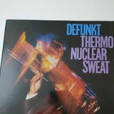 Discos de vinilo: DEFUNKT – THERMONUCLEAR SWEAT EDICIÓN ESPAÑOLA 1984. Lote 237151335