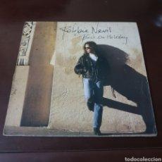 Discos de vinilo: ROBBIE NEVIL - BACK ON HOLIDAY. Lote 237197205