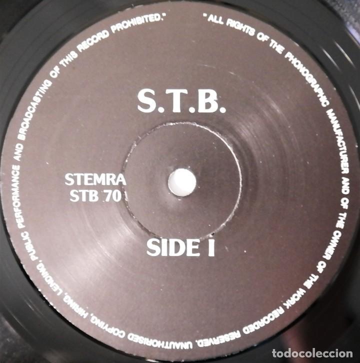 Discos de vinilo: The Beatles – Singing The Blues - Foto 3 - 237253835