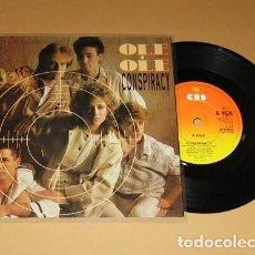 Discos de vinilo: OLE OLE & VICKY LARRAZ - CONSPIRACY (CONSPIRACION) - SINGLE - 1983 - UK ¡MUY BUSCADO!. Lote 237306455