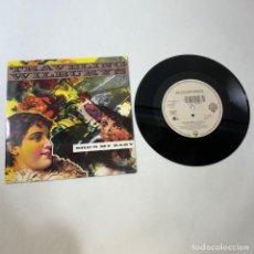Discos de vinilo: SINGLE - TRAVELING WILBURYS - SHE'S MY BABY. Lote 237341215