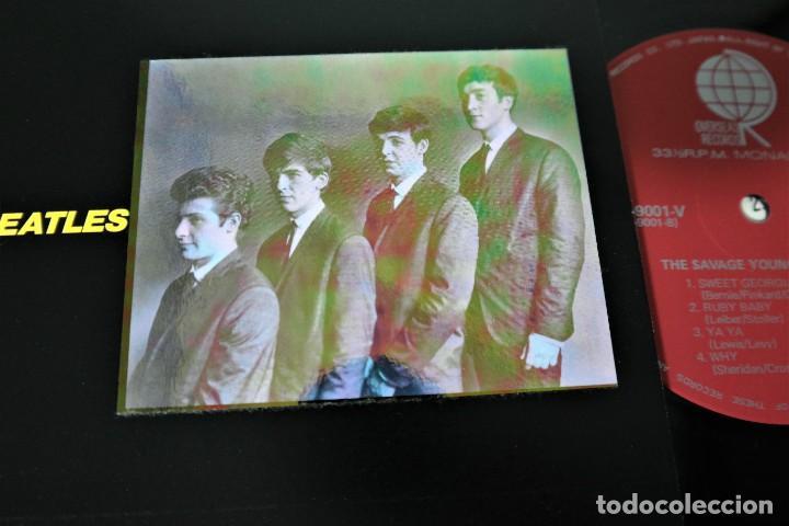 THE BEATLES–THE SAVAGE YOUNG BEATLES/ COLLECTORS TREASURE FROM THE BEATLES WITH SPECIAL HOLOGRAM (Música - Discos de Vinilo - Maxi Singles - Pop - Rock Internacional de los 50 y 60)