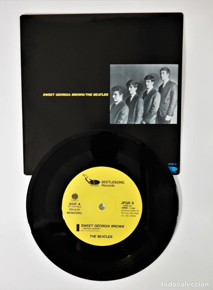 Discos de vinilo: The Beatles–The Savage Young Beatles/ Collectors Treasure From The Beatles With Special Hologram - Foto 12 - 237472675