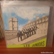 Discos de vinilo: LES JUNIORS DE PARIS / TUMBELE DES JUNIORS / AUX ONDES. Lote 238233745