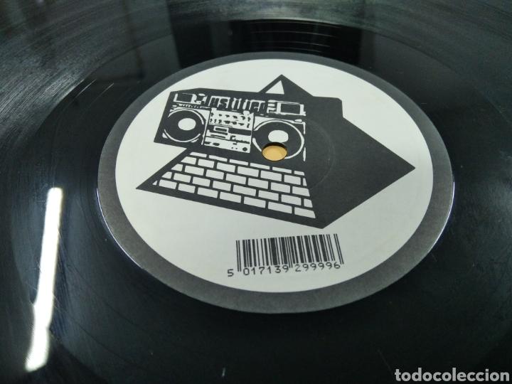 Discos de vinilo: The KLF Justified & Ancient Lp - Foto 9 - 239549520