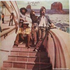 Discos de vinilo: THE BYRDS. UNTITLED. DOBLE LP. CBS-1970. Lote 240039985