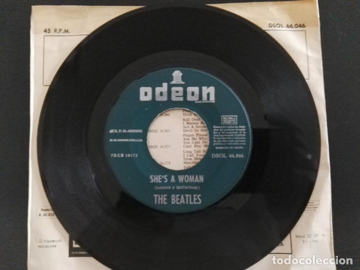 Discos de vinilo: SINGLE - THE BEATLES - I FEEL FINE / SHES A WOMAN - ODEON DSOL 66.046 - 1964 ESPAÑA - Foto 3 - 240116930
