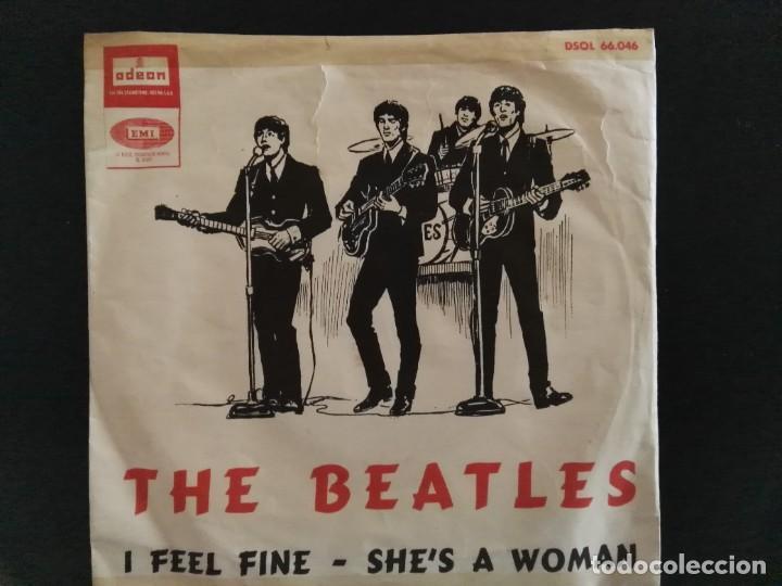 SINGLE - THE BEATLES - I FEEL FINE / SHES A WOMAN - ODEON DSOL 66.046 - 1964 ESPAÑA (Música - Discos - Singles Vinilo - Pop - Rock Internacional de los 50 y 60)