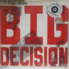 Discos de vinilo: MAXI / THAT PETROL EMOTION - BIG DECISION, 1987 UK. Lote 240435710