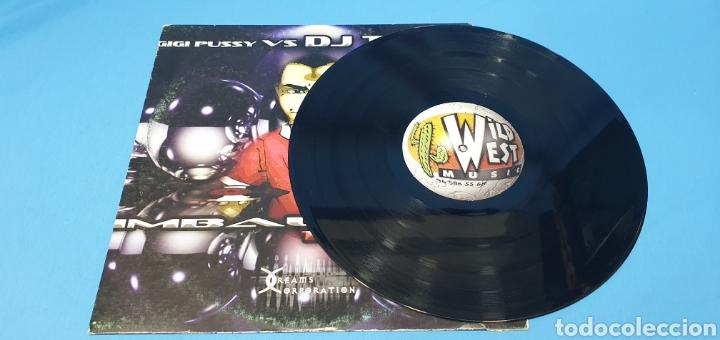 Discos de vinilo: DISCO DE VINILO - GIGI PUSSY vs DJ TOÑIN - IMBALANCE - Foto 2 - 240439360