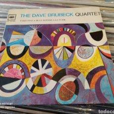 Discos de vinilo: THE DAVE BRUBECK QUARTET -TAKE FIVE / BLUE RONDO A LA TURK - SINGLE ORIGINAL EDICIÓN FRANCIA. Lote 240589170